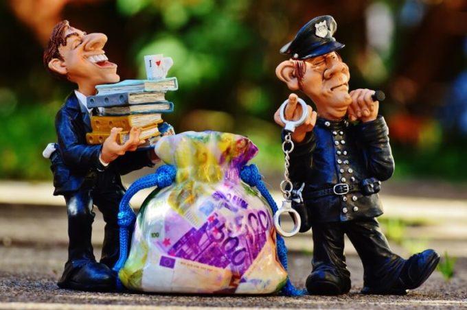 Arrest Warrants | Outstanding Warrants